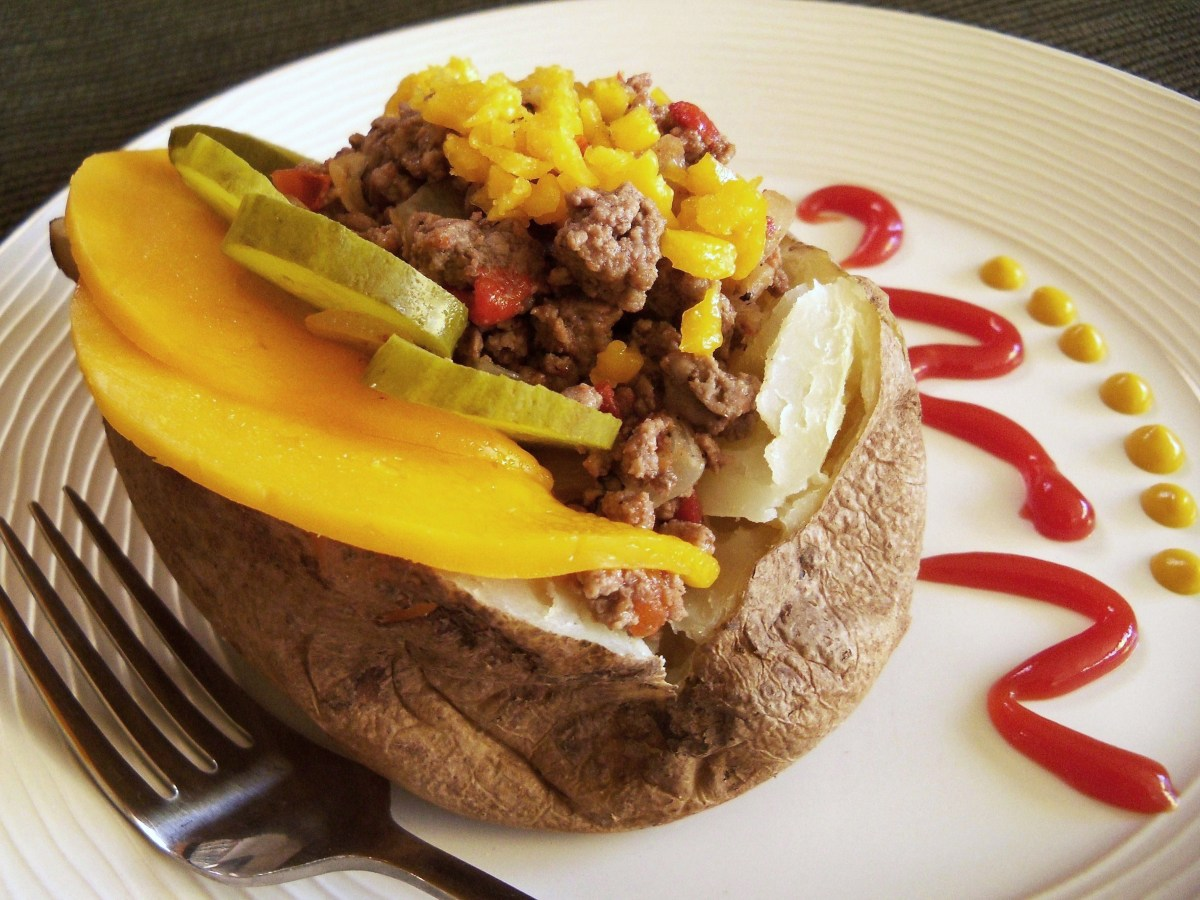 Cheeseburger Stuffed Baked Potato