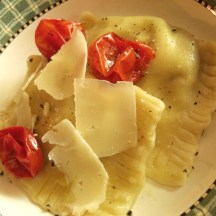 Ravioli with Roasted Cherry Tomatoes, Garlic, & Mushrooms