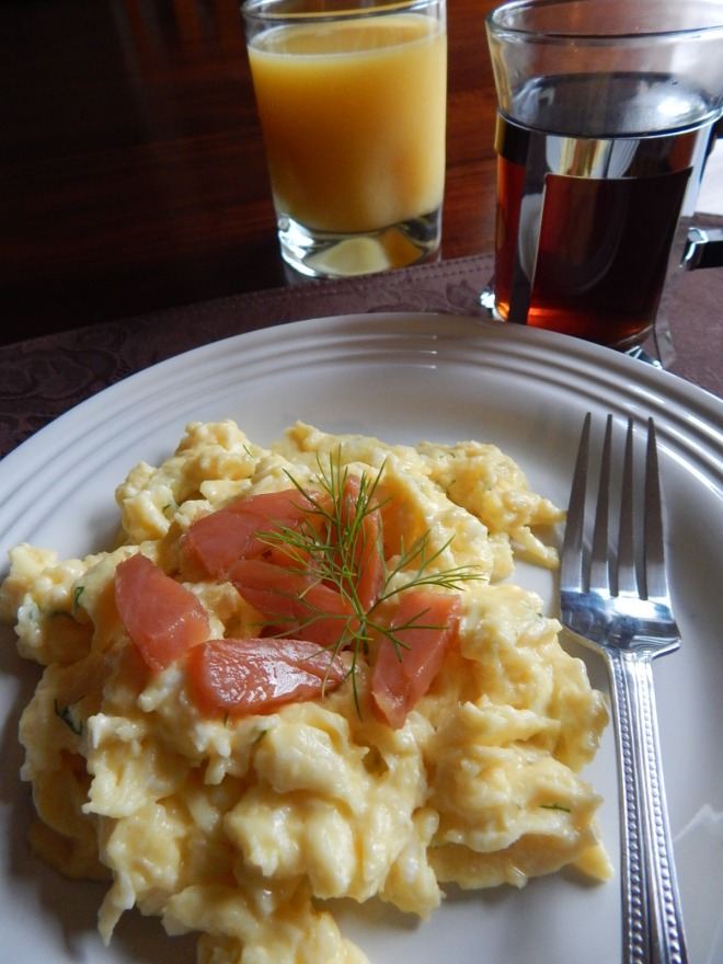 Scrambled Eggs with Dill and Gravlax